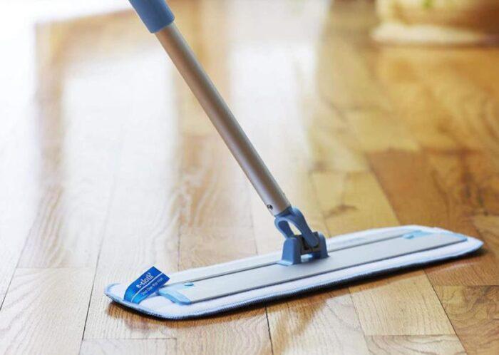 best way to mop vinyl floors