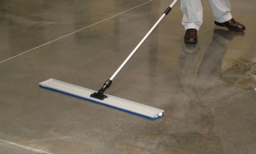 best mop for concrete floors