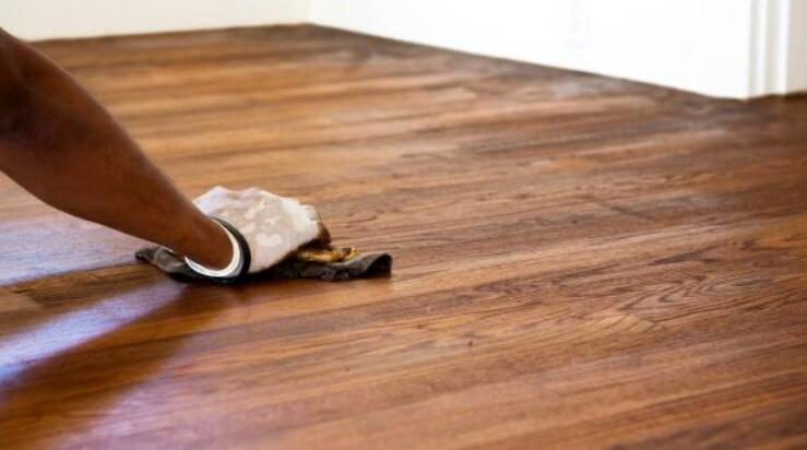 how to remove stains on hardwood floors