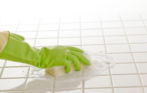 how to remove oil from grout